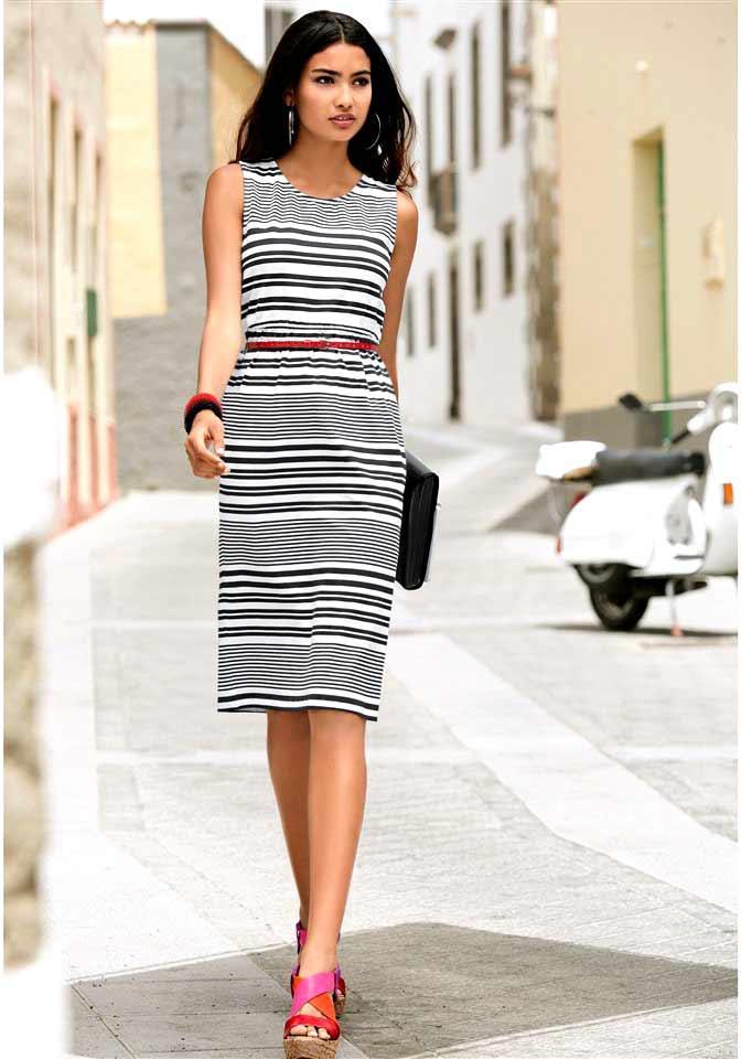 Kleid schwarz-weiß gestreift | Kleider | Outlet Mode-Shop
