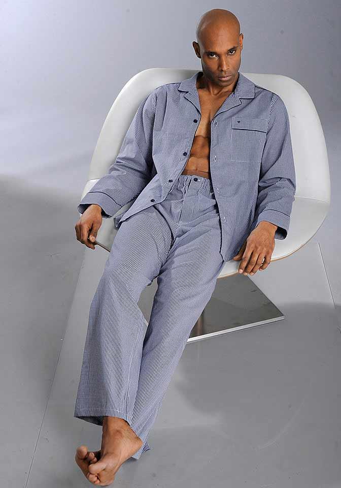 marken herren pyjama blau wei kariert herren kinder mode outlet mode shop. Black Bedroom Furniture Sets. Home Design Ideas